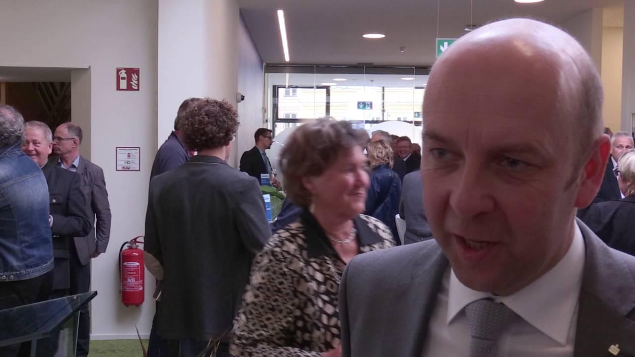 Eröffnung: Sparkasse in neuem Glanz